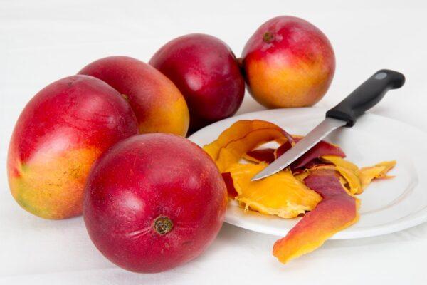 mango, tropical fruit, juicy-1982330.jpg
